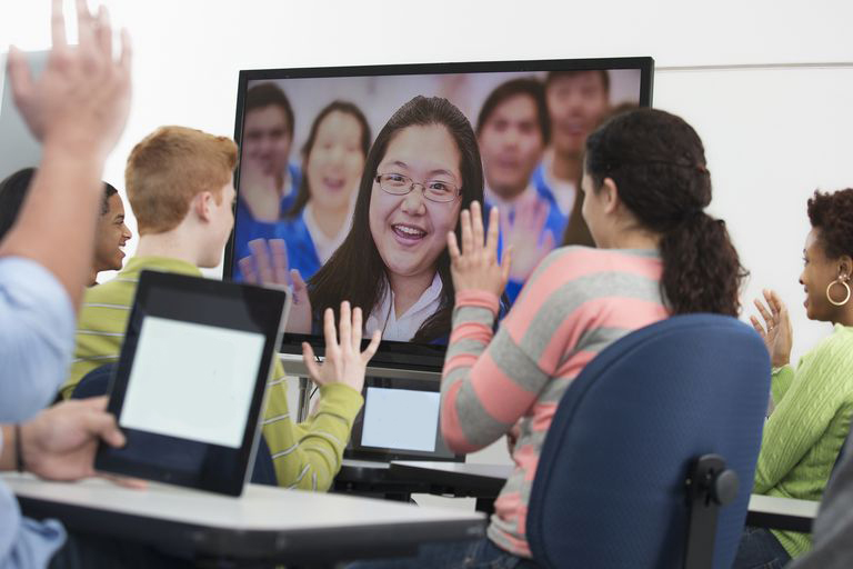 Video-conferencing-in-class